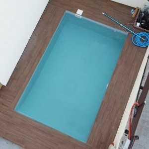 Ejemplo de una piscina con bloques